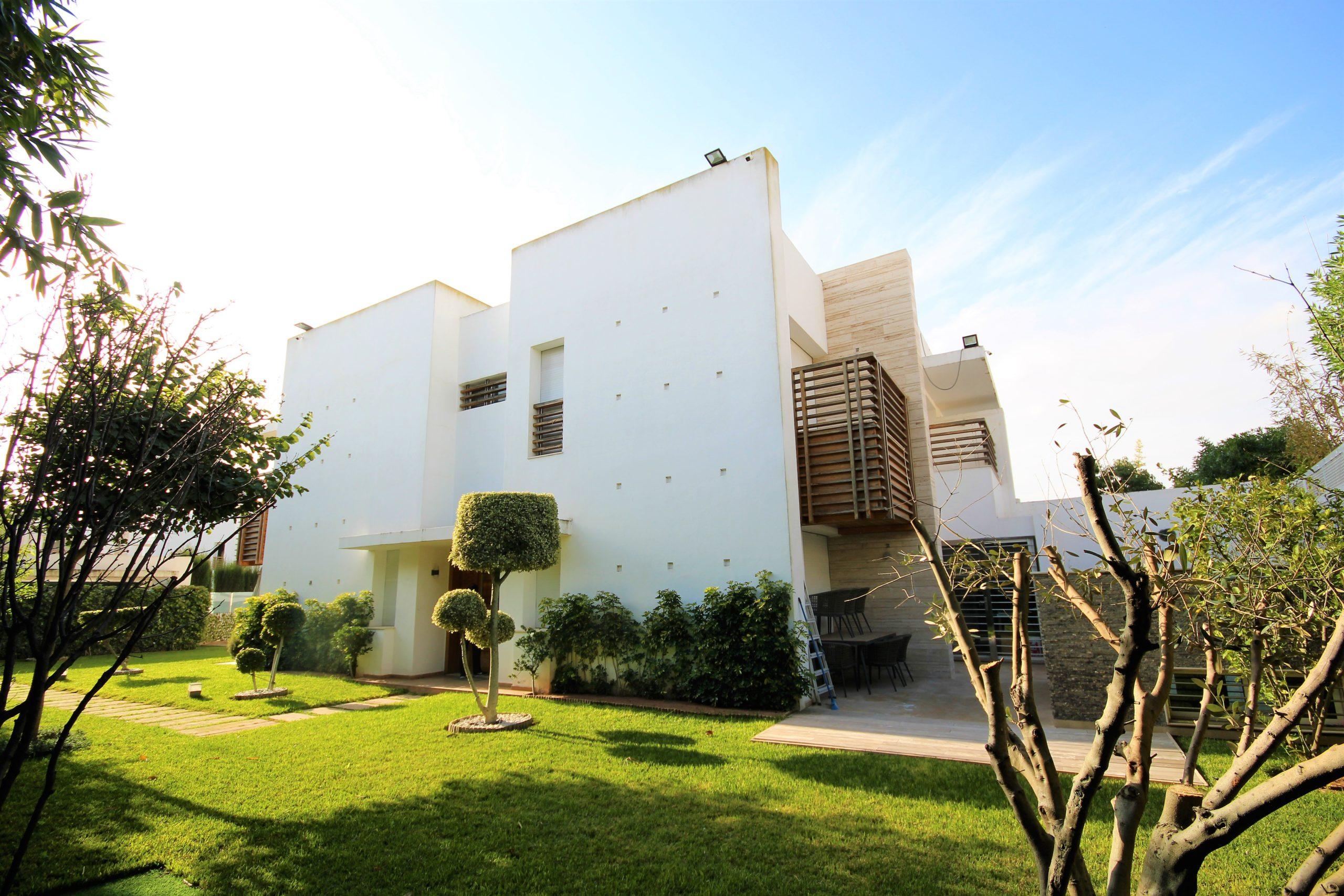 Maroc, Bouscoura Golf City,  Loue villa raffinée meublé + piscine sur540 m²