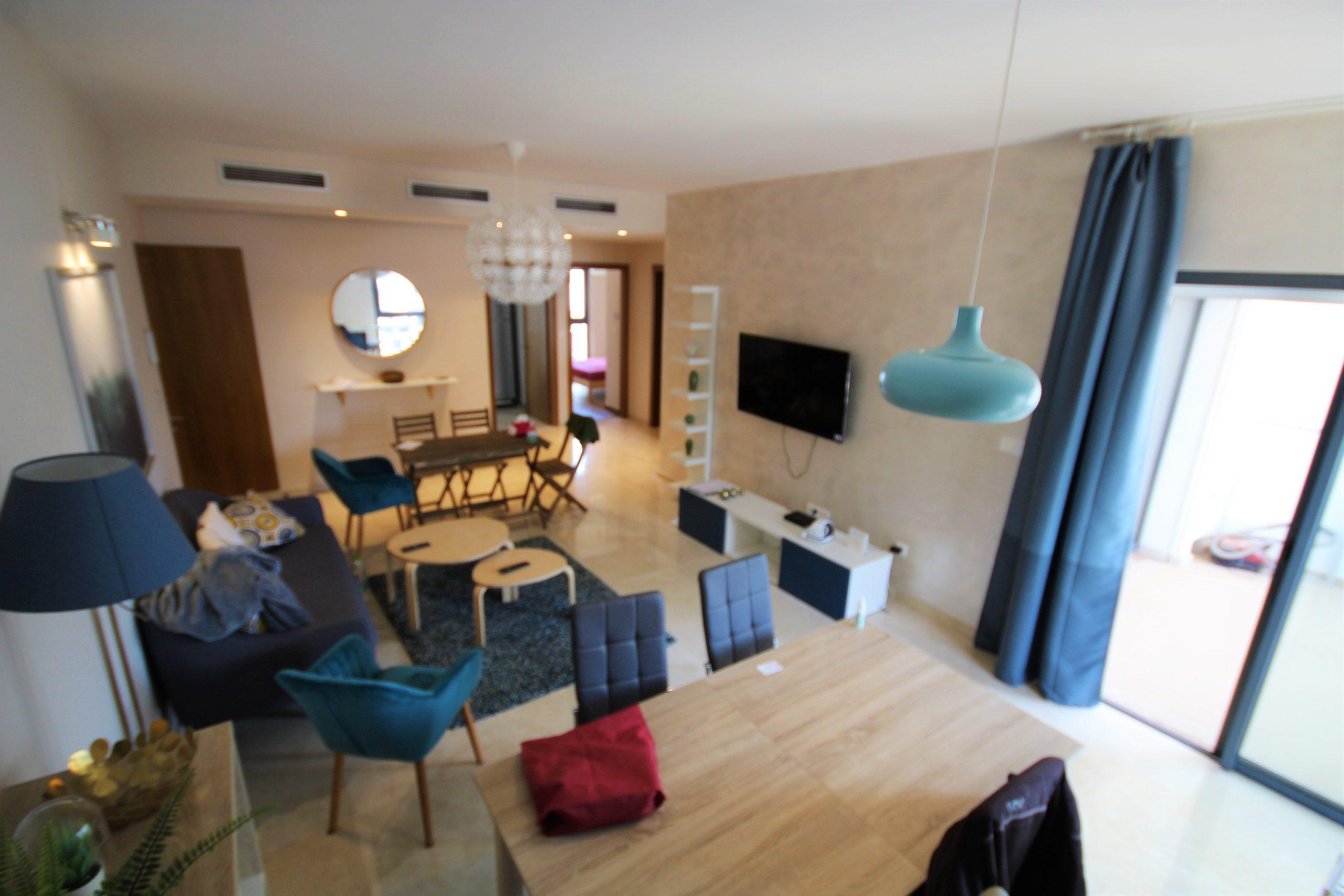 CASA, ANFA CITY, loue Luxueux appartement NEUF meublé deux chambres avec Terrasse