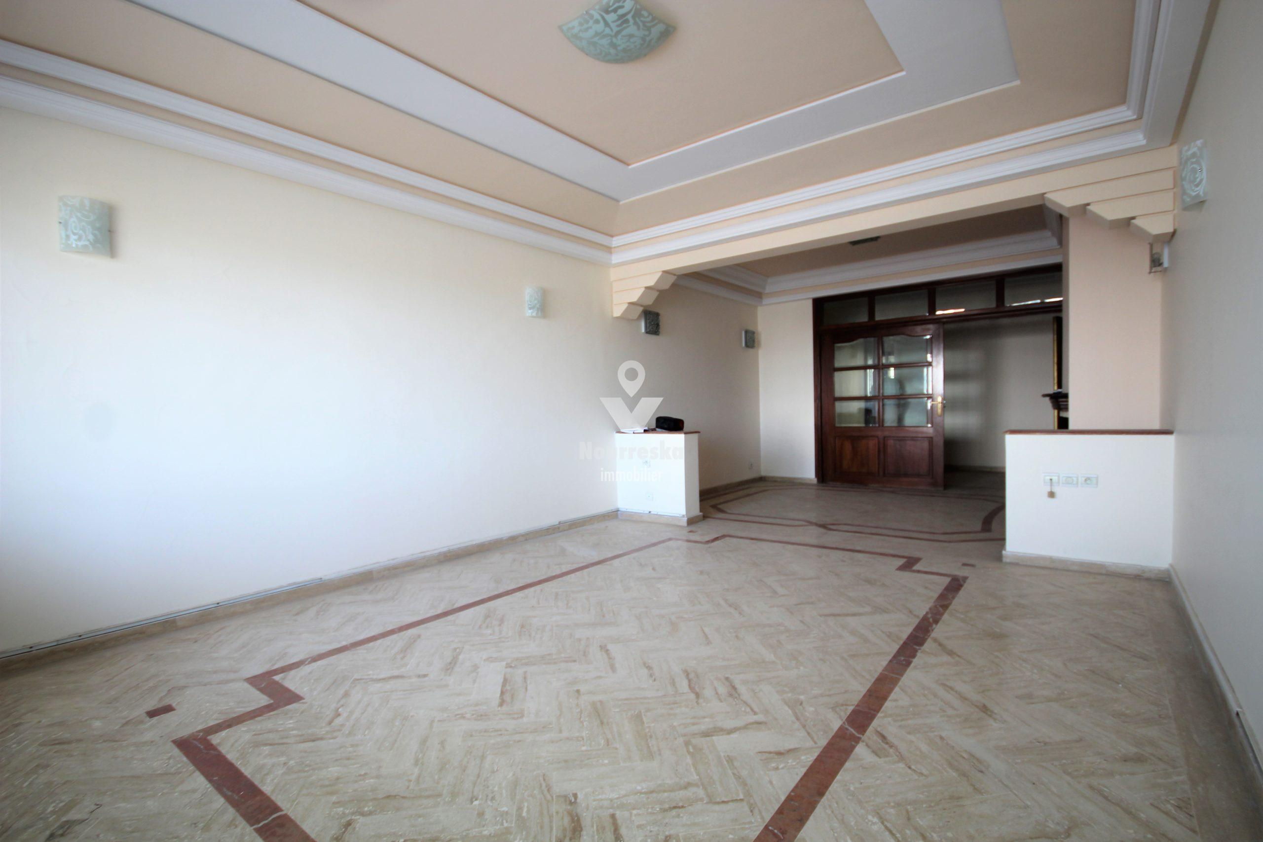 Maroc, Casablanca, location vélodrome vaste appartement de 180 m² sans vis-à-vis